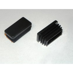 Zaślepka kształtownik 30x20 czarna.